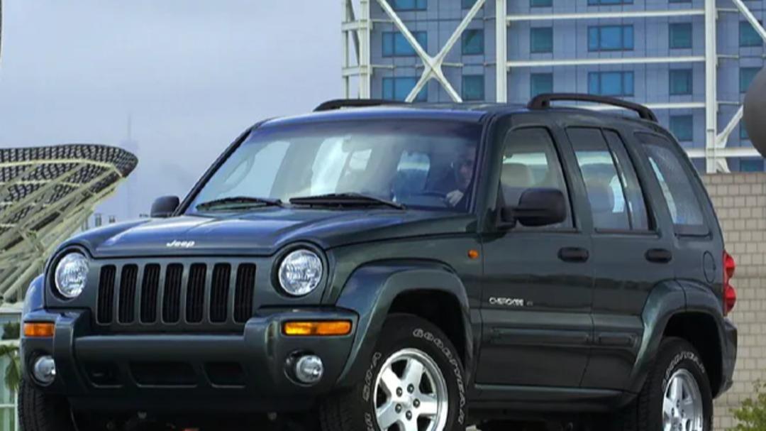 SUV-y do 30000